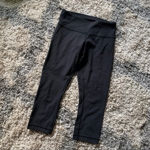 Lululemon Black Crop Leggings Sz 4